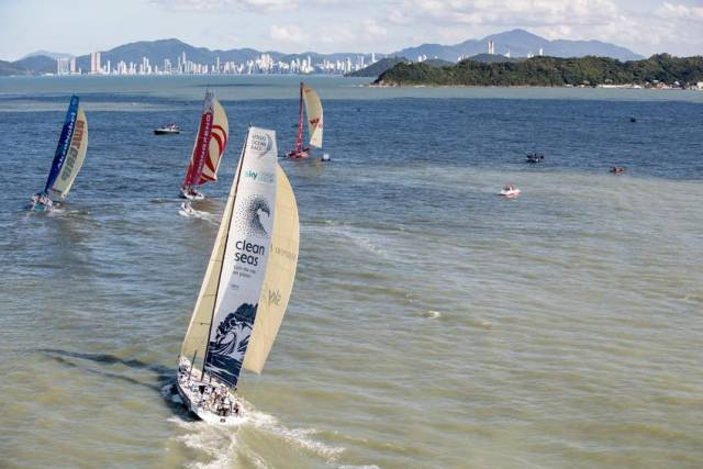 Practice racing during the Itajaí stopover yesterday, Thursday 19 April