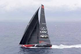 A few hours of sailing like this soon put LDV Comanche clear into the lead on the water in the Sydney-Hobart Race