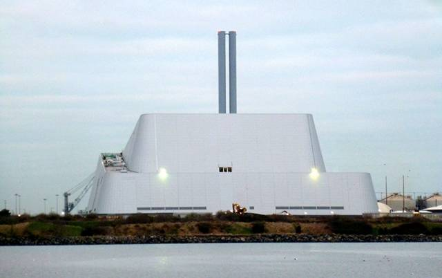 Dublin Bay Incinerator: The Pyramid of Poolbeg or Ziggurat Of Zandymount? You Tell Us...