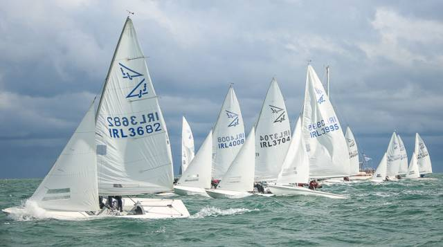 An impressive fleet of 21 Flying Fifteens were on a busy DBSC start line