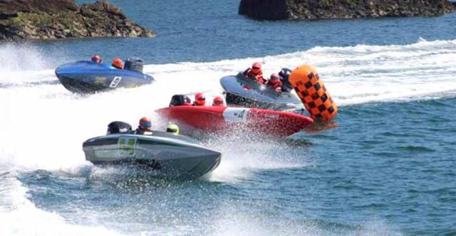 No time to be nervous…..Class 3 in action at the OCRDA event in Torquay, with Team Power Marine of Malahide in foreground as Alan Power and Sam Jackson zap out of the turn