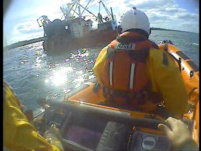 Skerries RNLI coming alongside the disabled fishing trawler