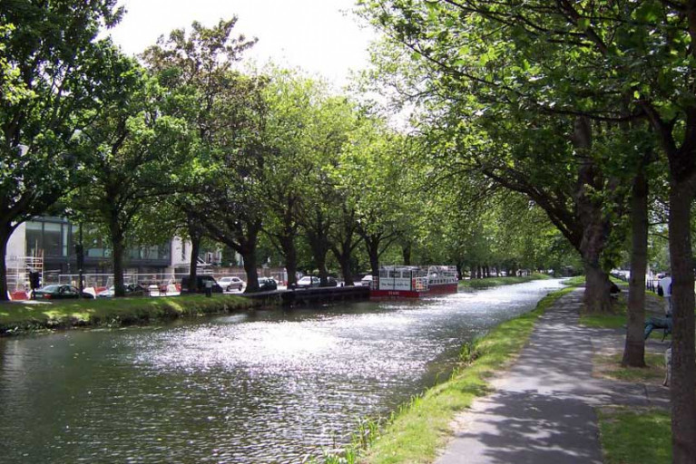 File image of the Grand Canal at Wilton Terrace in Dublin