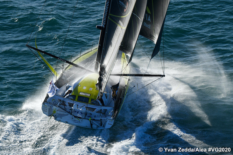 Charlie Dalin's Apivia currently leads the Vendee Globe