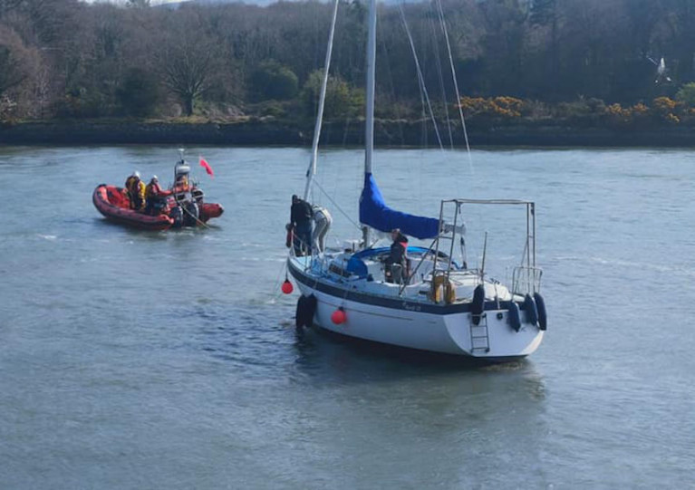 Kilkeel Lifeboat Assists Five on Yacht in Difficulty on Carlingford Lough