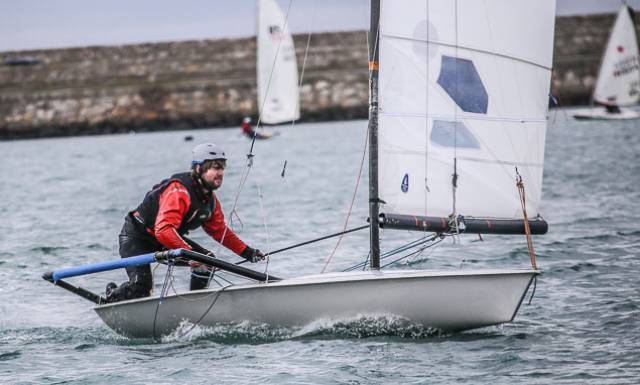 With a 12.2 m2 fully battened mainsail, racks and a trapeze, the boat continues to be one of a few classes which is unapologetic in defying the cliché of being 'easy to sail, but hard to sail well'