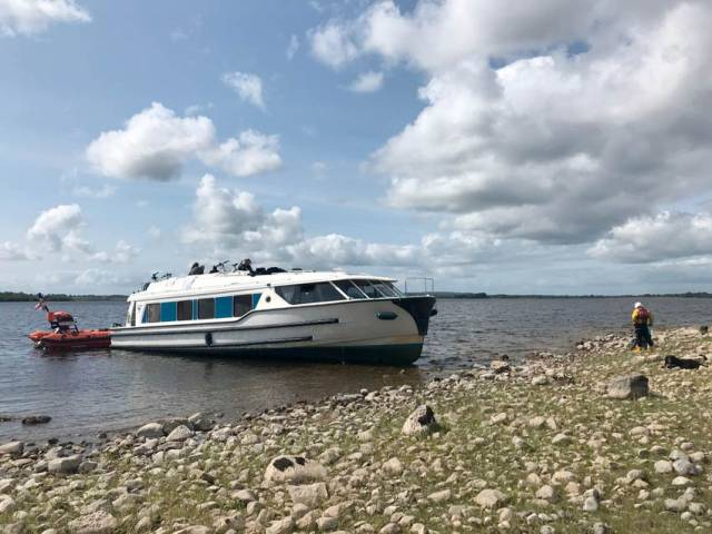 Lough Ree Lifeboat Rescues Four From Boat Hard Aground