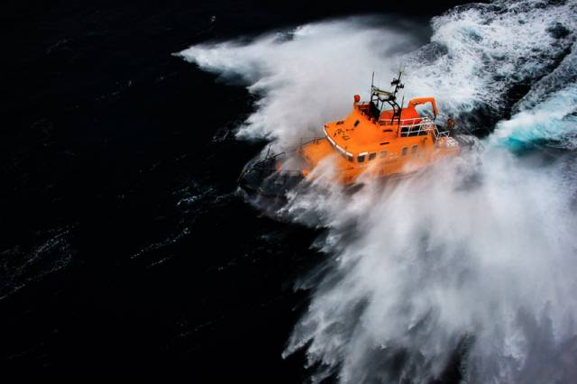 Irish Coast Guard & RNLI Urge People To 'Respect The Water' Over Festive Season