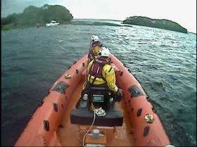 Lough Derg RNLI's inshore lifeboat launches to the report of a stranded cruiser near Hare Island
