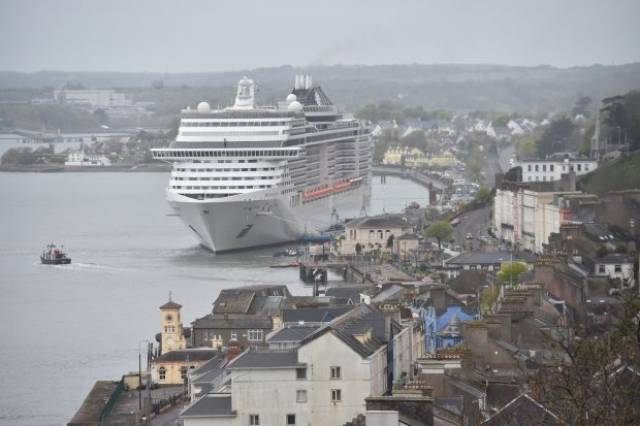 MSC Splendida carrying 4,500 passengers which berthed in Cobh