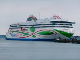The Connecting Europe Conference takes place in Tallinn beginning tomorrow. Afloat adds that the Estonian shipping company Tallink among its fleet operates the new MS Megastar delivered in early 2017 on the service linking Helsinki, Finland. The €230 million cruiseferry is the first in the fleet to use liquefied natural gas (LNG) as fuel.