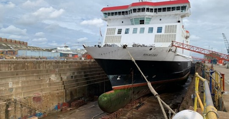 Isle of Man ferry, Ben-my-Chree is expected to remain in dry dock for a further six days following issues discovered during routine annual maintenance (Afloat adds) at Cammell Laird.  A shipyard and repairer facility as above is based in Birkenhead on Merseyside.