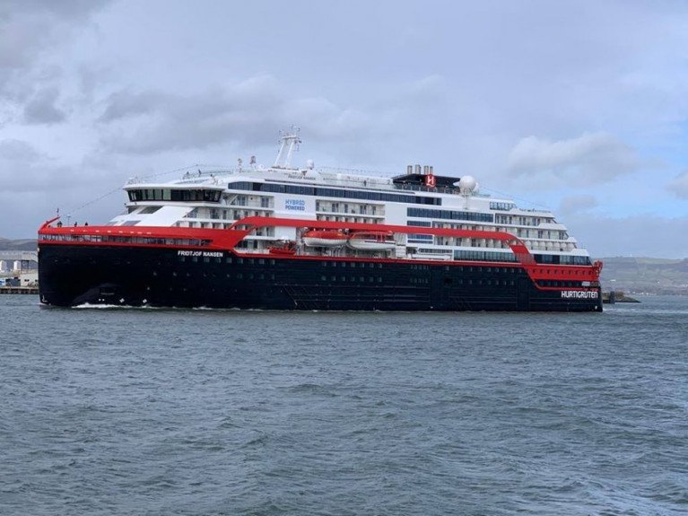 Hybrid-Powered Cruise Ship Is First Caller of 2020 Season to Belfast Harbour & Island of Ireland