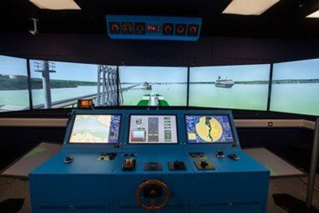 Tug safety training courses on offer using the marine navigation simulation suite at the Port of Milford Haven, south Wales