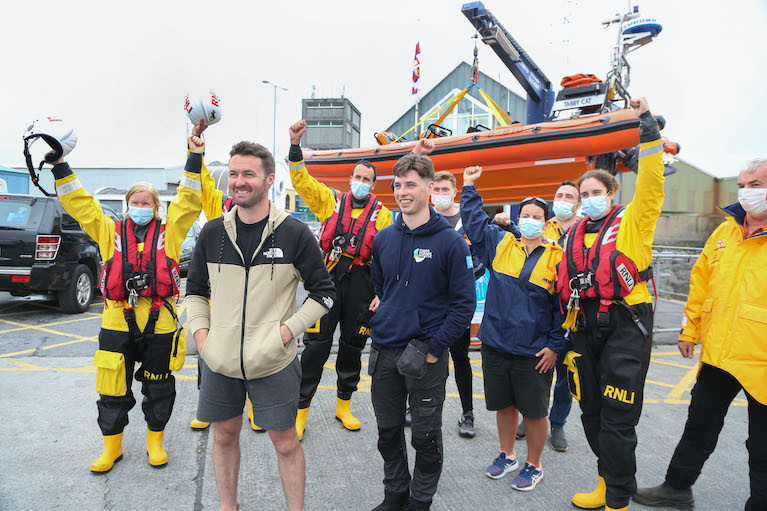 Galway Fishermen Receive Mayoral Tribute for Paddleboarder Rescue
