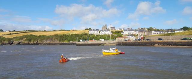 The 27ft yacht had run aground on a mudbank in Duncannon Harbour