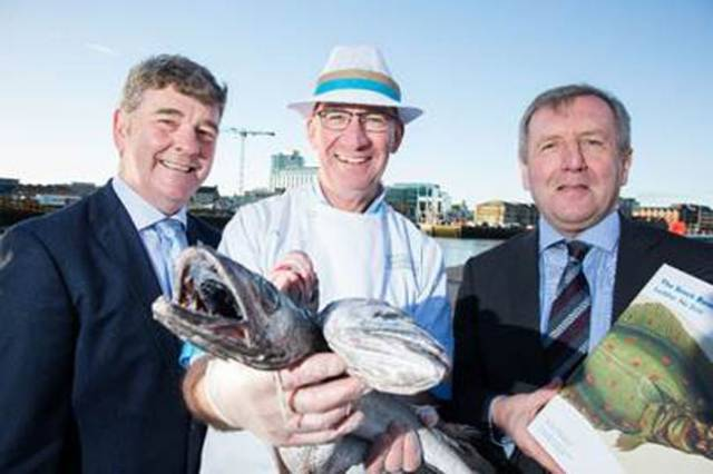 Marine Institute CEO Peter Heffernan, Fishmonger Pat O'Connell and Minister for Agriculture, Food and the Marine Michael Creed TD review the 2018 Marine Institute Annual Stock Book, which is one of the principal annual publications of the Institute, providing the latest impartial scientific advice on commercially exploited fish stocks of interest to Ireland.