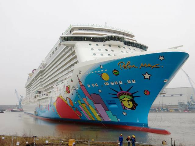 The Norwegian Breakaway sailed into the severe storm system earlier this month