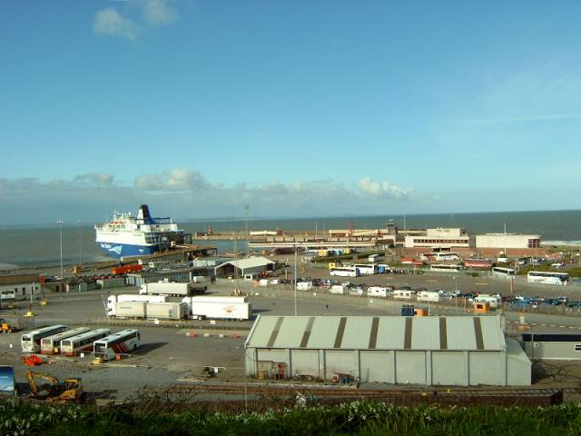 14 people hidden in refrigerated truck on ferry arrival at - Rosslare ferry port arrivals ...