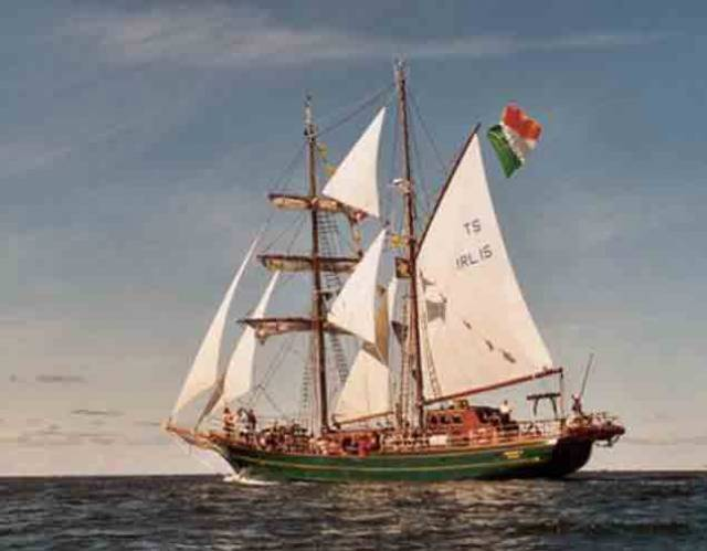 Asgard II – memories of the former Irish Sailing Training Vessel that sank in 2008 will be evoked in a celebration cruise planned by Sail Training Ireland next summer