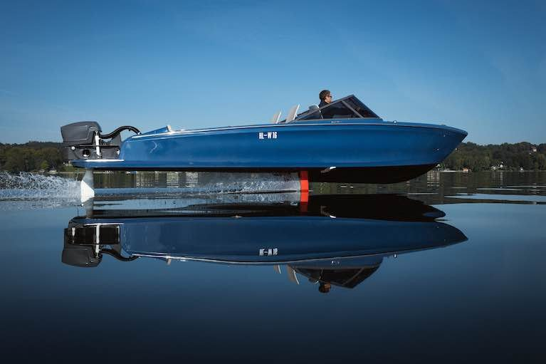 World's First Electric Hydrofoil Speedboat Powered by Torqeedo
