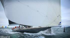Windfall under spinnaker at the start of the D2D Race