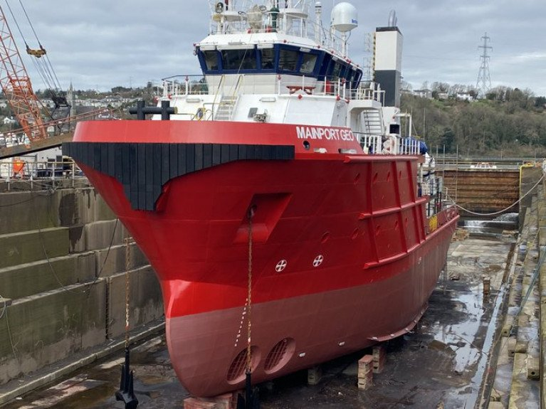 Cork Dockyard Converts Mainport Ship for New Career in Offshore Renewables Sector