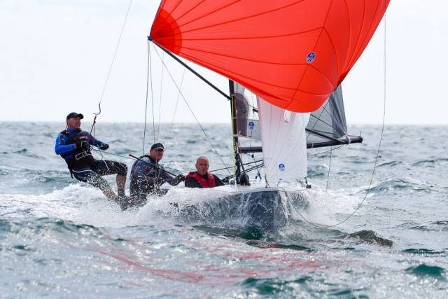 Flat–out – National 18 Racing in Cork Harbour