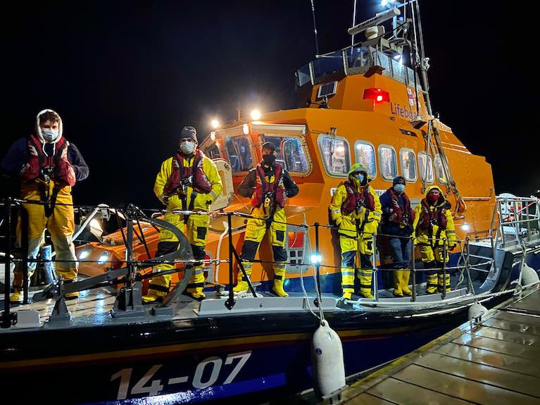 The Courtmacsherry Lifeboat Crew involved in this evenings callout were Coxswain Sean O'Farrell, Mechanic Stuart Russell and crew Ken Cashman, Paul McCarthy, Dave Philips and Evin O'Sullivan.