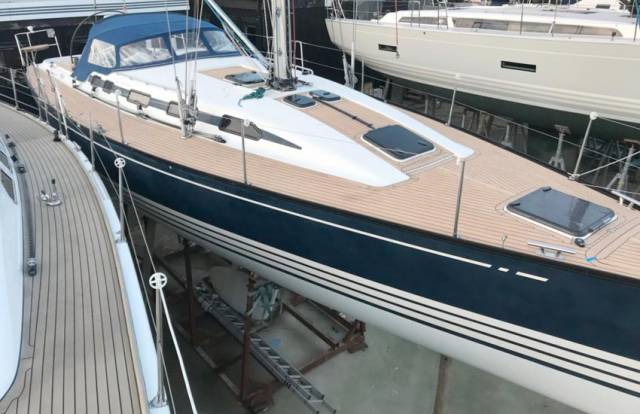 This the X-442 2003 at Hamble Point Marina comes with new synthetic teak decks