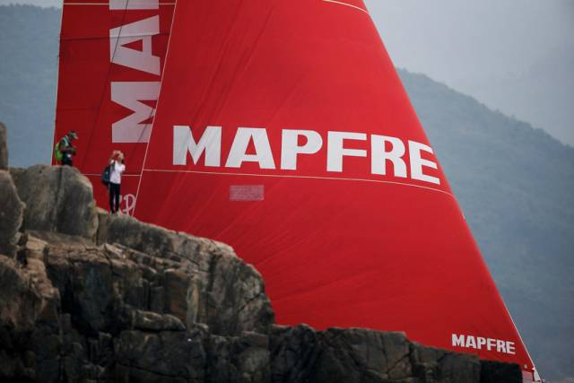 MAPFRE Wins Around Hong Kong Island Race But Dongfeng Holds VOR In-Port Leaderboard Top Spot