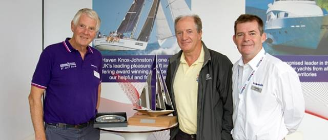 L-R: Mark Wynter, Commodore, Island Sailing Club & owner of Alchemist, with the 2016 Seamanship Award winner Jeff Warboys and Keith Lovett from Race Partner Haven Knox-Johnston/MS Amlin