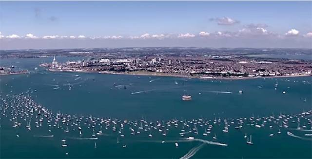 Hundreds of spectator boats gather at Portsmouth for the LVAMWS. See Vid below
