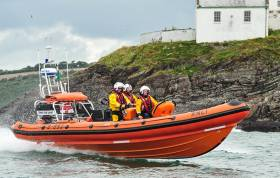 Crosshaven RNLI ILB assisted a casualty from a RIB last night at Cork City marina