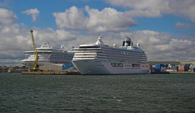 Cruiseships docked in Dublin Port