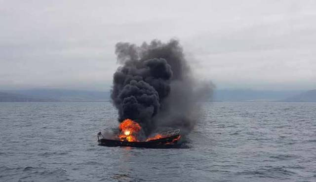The motor cruiser was on a passage from Cahersiveen Marina to Dingle harbour off the County Kerry coast when the engine caught fire