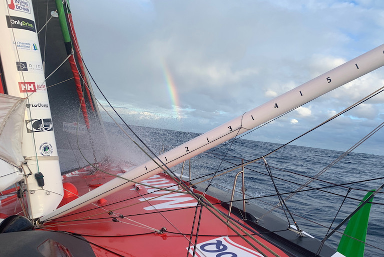 Yannick Bestaven [Maître CoQ IV is 97.38 nm from the leader