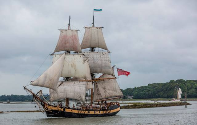 The brig Phoenix on The Boyne at a previous Drogheda Port Irish Maritime Festival