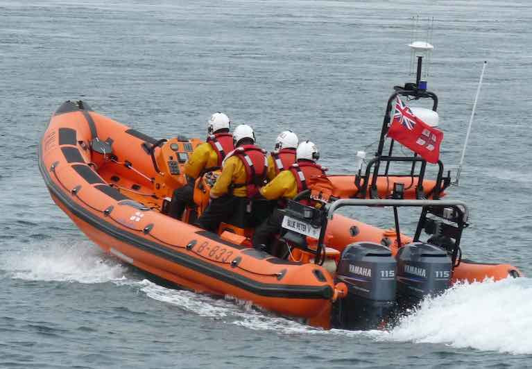 Portaferry RNLI assessed the situation and observed that the yacht was drifting close to shore off Taggart Island