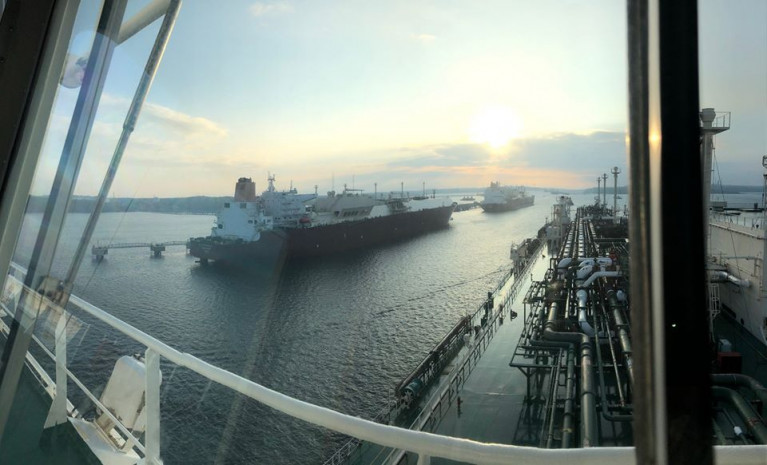 The Welsh Port of Milford Haven handles liquid, bulk, break-bulk and heavy-lift cargoes and a ferry service to Rosslare Europort. Among cargoes is fuel products to Dublin Port including for planes at the capital's airport. As for the south Wales port which is the UK's largest energy port capable of 30% of that nation's gas demand. Above AFLOAT adds ia a view from a liquid natural gas (LNG) carrier and those berthed at the port which imports LNG from Qatar in the middle-east involving 18 days at sea and covering over 6,000 nautical miles.
