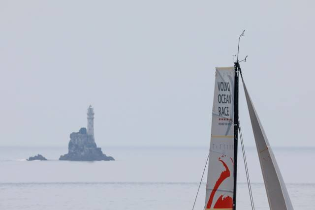 Leg 10 leaders Dongfeng Race Team in sight of Fastnet Rock, Monday 11 June