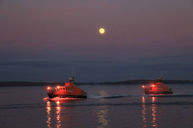 Elizabeth and Ronald returns to Dunmore East under the light of Sunday evening's lunar eclipse