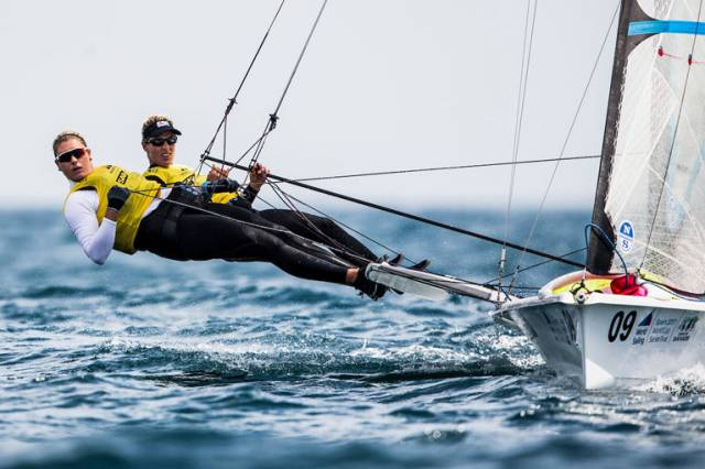 Charlotte Dobson and Dun Laoghaire's Saskia Tidey (left) are in contention for Gold in tomorrow's Medal Race final at the Sailing World Cup Final. More than 250 sailors from 43 nations will race across the ten Olympic events as well as Open Kiteboarding
