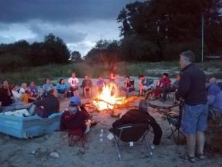 An RS400 campfire at Blessington Reservoir