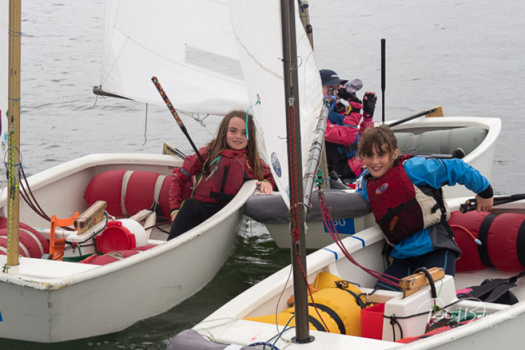 Regatta Fleet fun at Crosshaven. Generally children in the regatta fleet are between 8-11yrs. Scroll down for a slideshow of photos from Royal Cork at the weekend