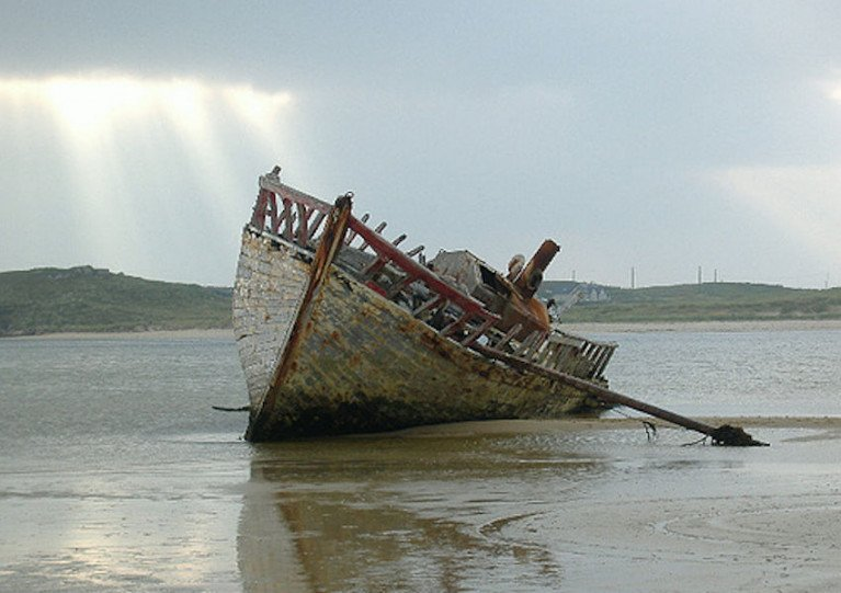 Specialists On The Move To Save Legend of 'Bád Eddie' Wreck In Donegal
