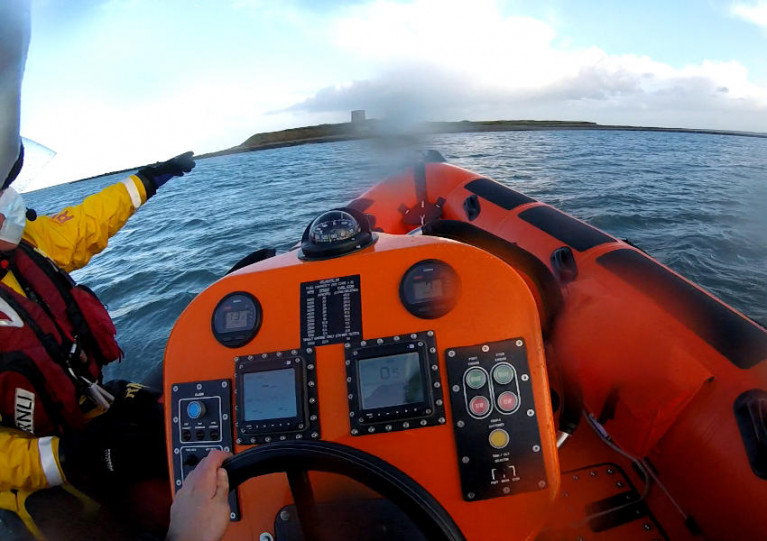 Skerries RNLI approaching Shenick Island