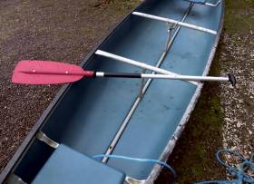 Photograph of the two-person canoe that capsized in the incident off Kenmare on 31 January 2016