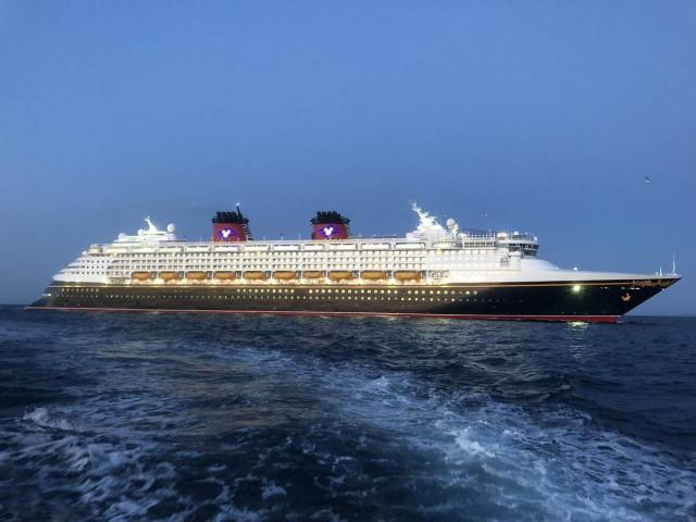 Making a morning arrival as Disney Magic also made a maiden call to Cork (Cobh) Harbour.