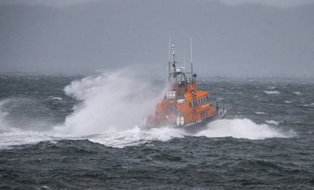 Two Callouts & 120 Miles Covered By Oban Lifeboat This Weekend